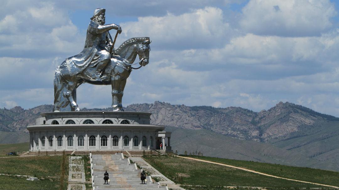 ghengis-khan-monument